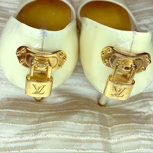 Louis Vuitton LV Logo Lock Beige Heels 36.5